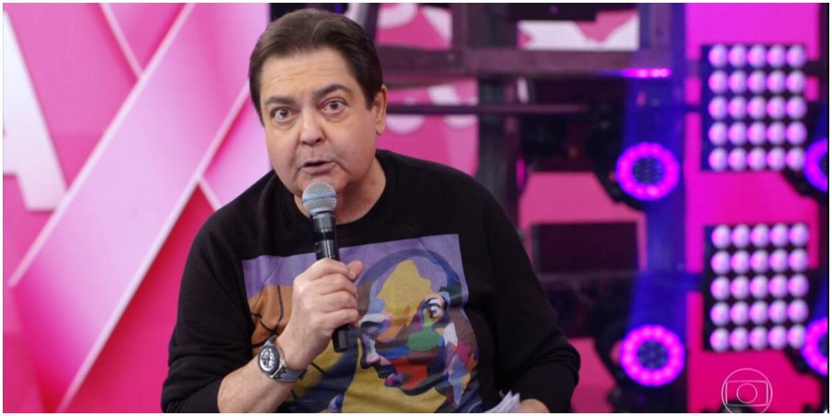 Dança dos Famosos do Faustão tem ex-jogador sem roupa (Foto: Globo)