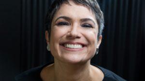 """Sandra Annenberg pode ir parar na concorrência e se vinga de """"pouco caso"""" da Globo (Foto UOL)"""