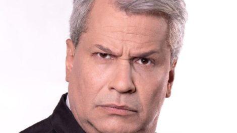 """Sikêra Jr é apresentador do """"Alerta Nacional"""" (Foto: Reprodução)"""