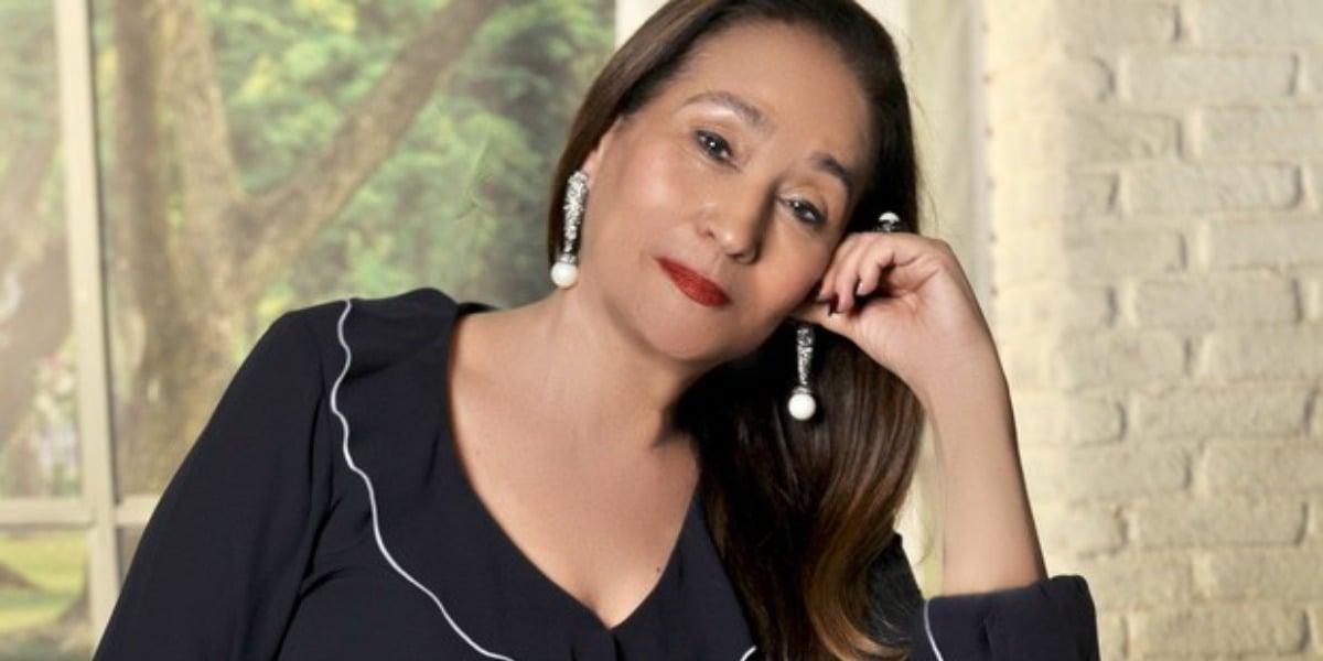 Sonia Abrão, comanda A Tarde é Sua na RedeTV (Foto reprodução)