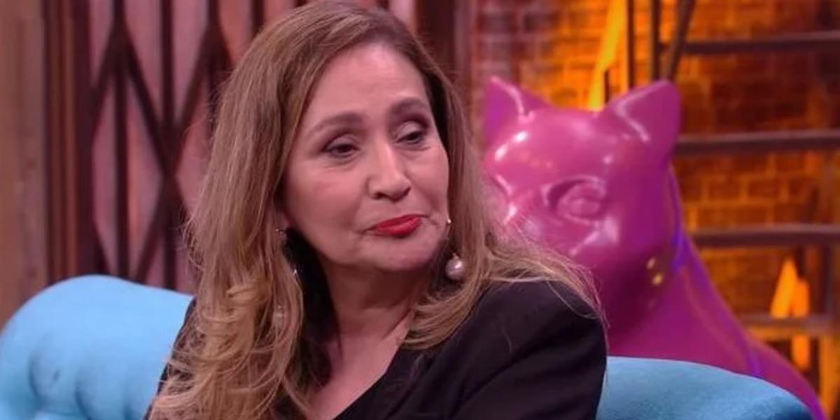 """Sonia Abrão rasgou o verbo no """"A Tarde é Sua"""" contra Monique Evans (Foto: Reprodução/Multishow)"""