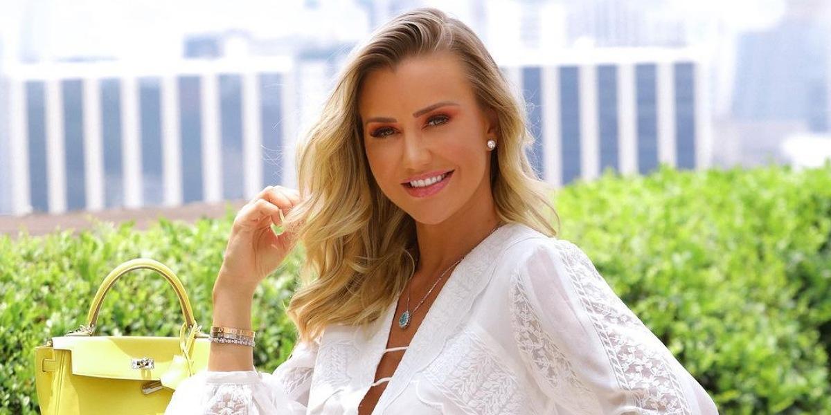 Ana Paula Siebert, atual esposa de Roberto Justus se irrita com críticas após deixar de amamentar a filha (Foto: Reprodução/Instagram)