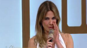 Luciana Gimenez deve renovar contrato a qualquer momento com a RedeTV (Foto: Reprodução)