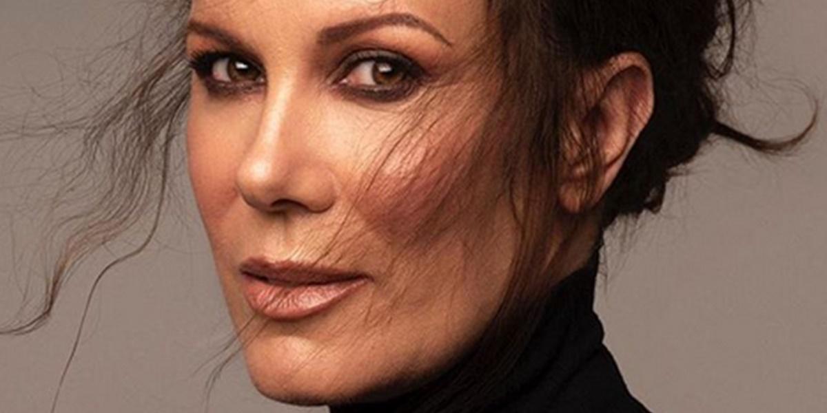 Apresentadora: Regina Volpato atualmente está com 52 anos de idade e com o corpão em forma (Foto: Reprodução)