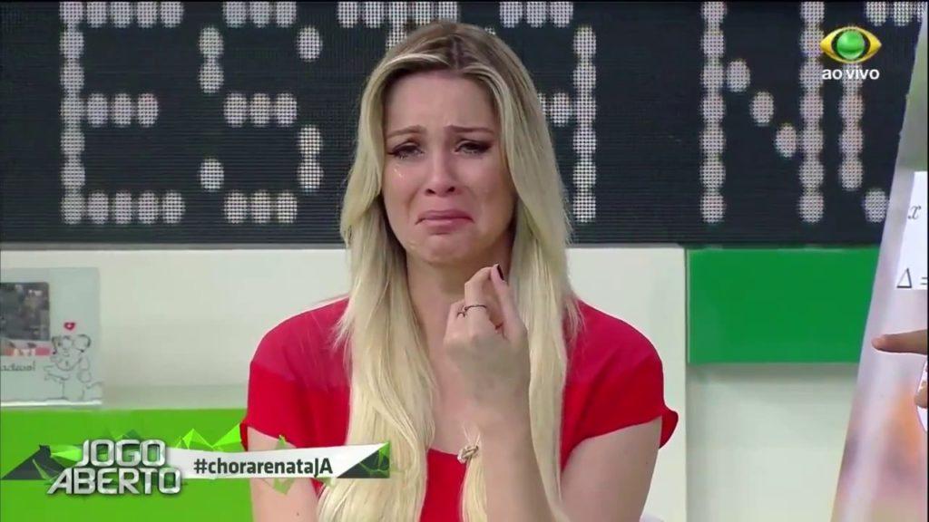 Renata Fan chorou ao vivo (Foto: Reprodução)