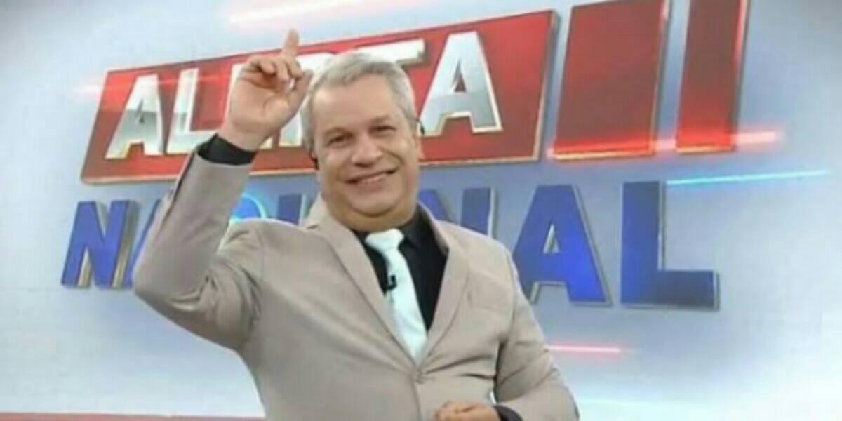 Sikêra Jr vence Xuxa na justiça e faz oração contra famosa. (Foto: Reprodução)