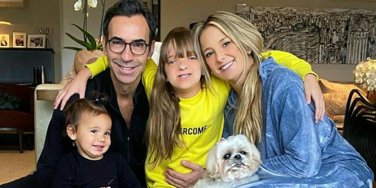 Ticiane Pinheiro e família. (Foto: Reprodução/Instagram)