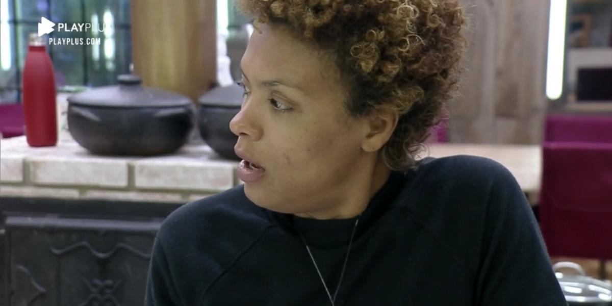 Lidi Lisboa expõe racismo em A Fazenda 12 (Foto: Reprodução)