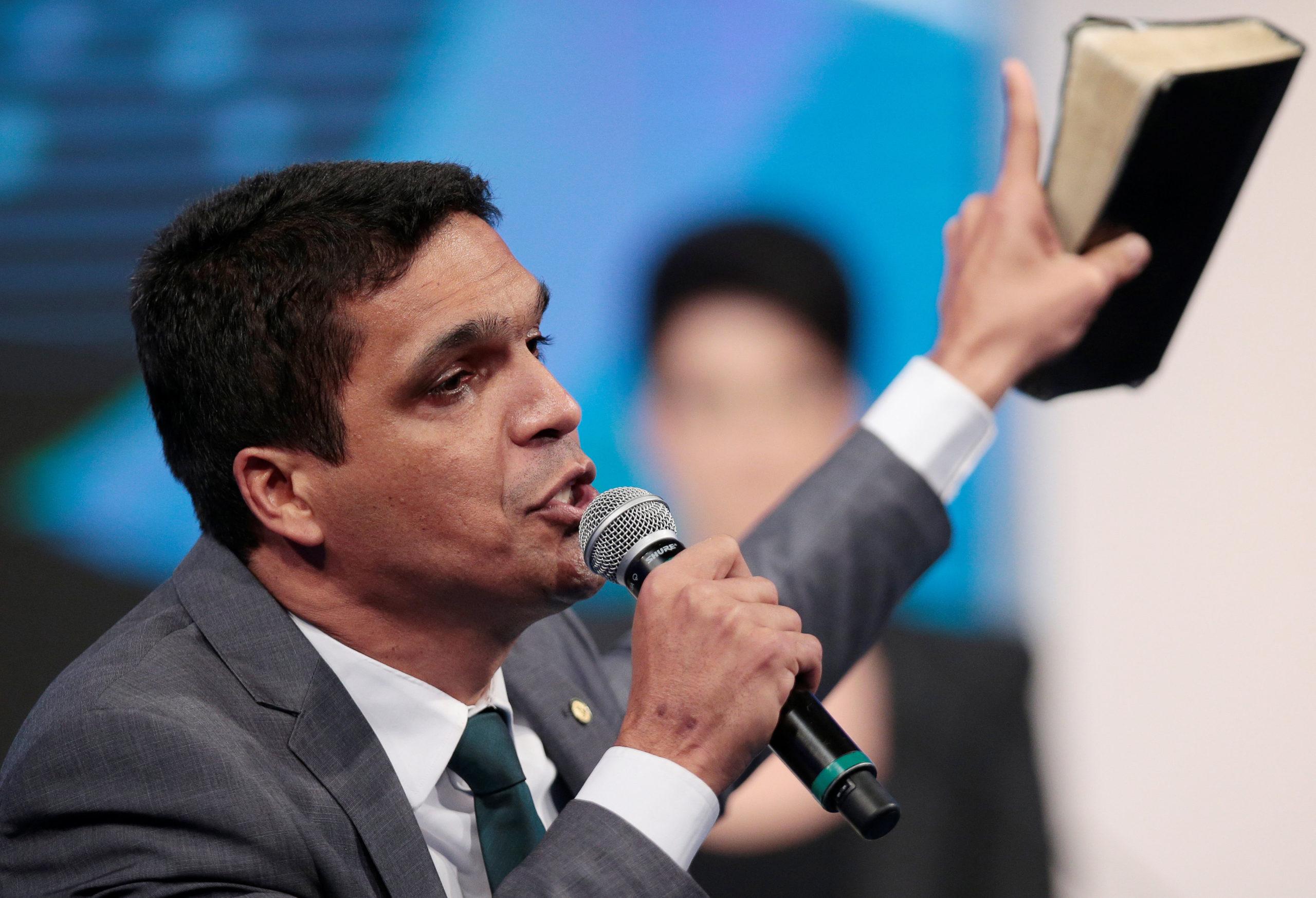Pastor Globo