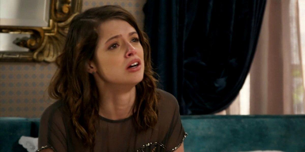Camila descobre a verdade sobre Giovanni em Haja Coração