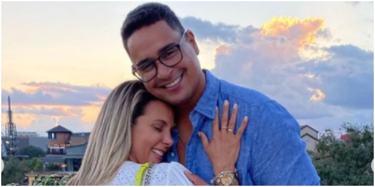 Carla Perez e Xanddy derreteram as redes sociais com foto de casal (Foto: Reprodução)