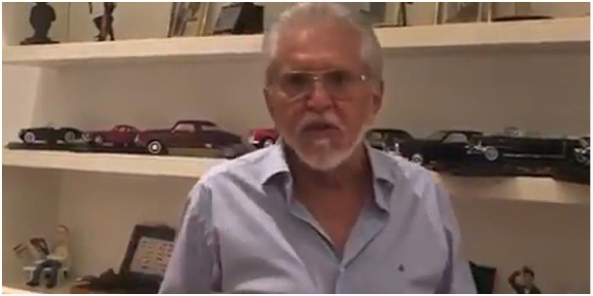 Carlos Alberto de Nóbrega voltas as gravações de programa após ser proibido de voltar ao SBT (Foto: Reprodução)