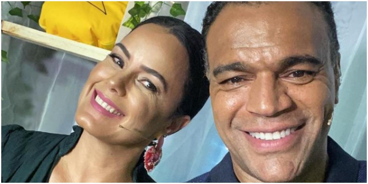 Denílson ao lado de Luciele Di Camargo, sua esposa (Foto: Reprodução)