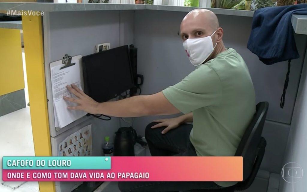 """Repórter do Mais Você tem tomado """"cortadas""""ao vivo de Ana Maria Braga (Foto reprodução)"""