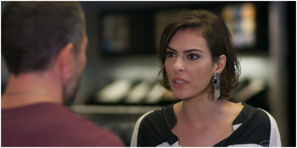 Apolo e Adriana em cena da novela Haja Coração - Foto: Reprodução