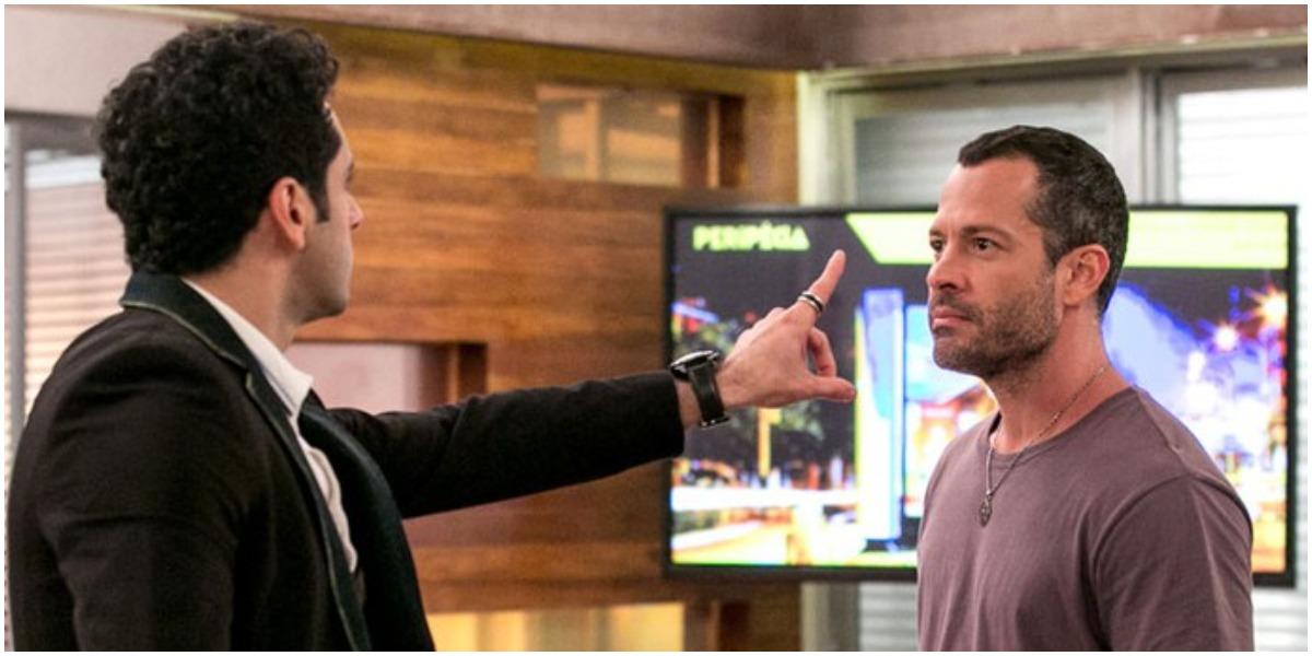 Beto e Apolo brigam em Haja Coração - Foto: Reprodução