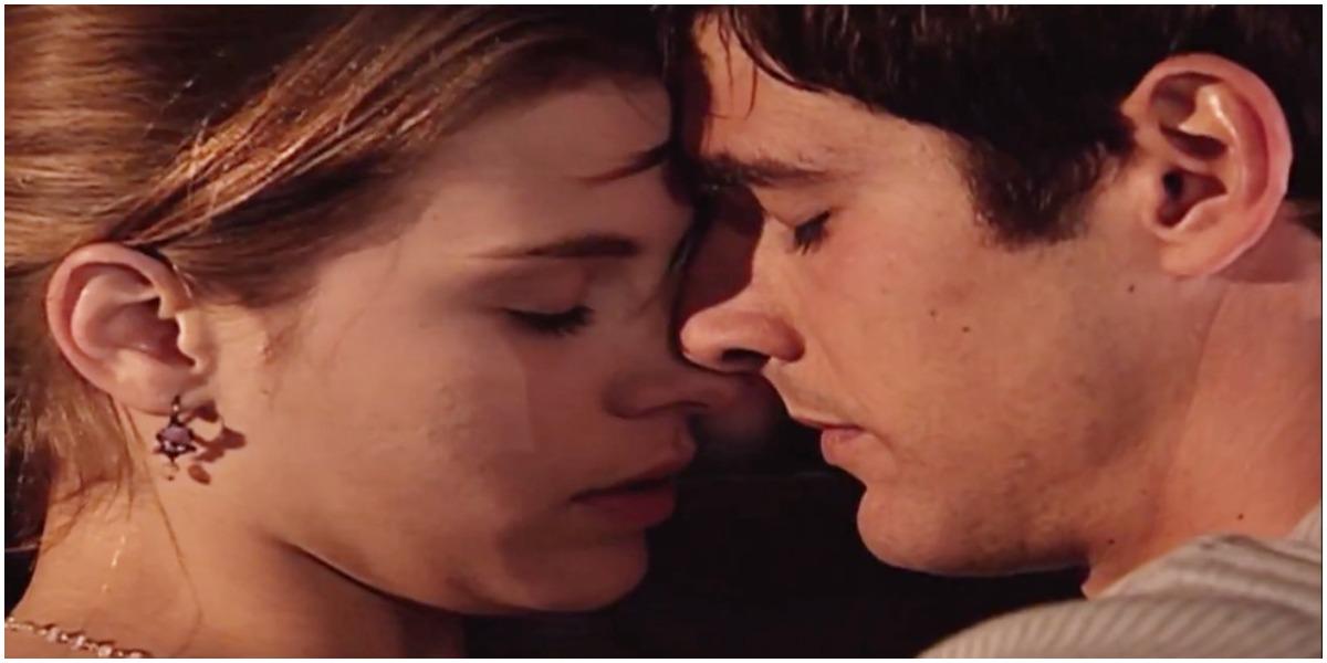 Camila e Edu em cena da novela Laços de Família - Foto: Reprodução