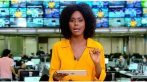 Maju Coutinho faz saudações a nova apresentadora da Globo (Foto: Reprodução)