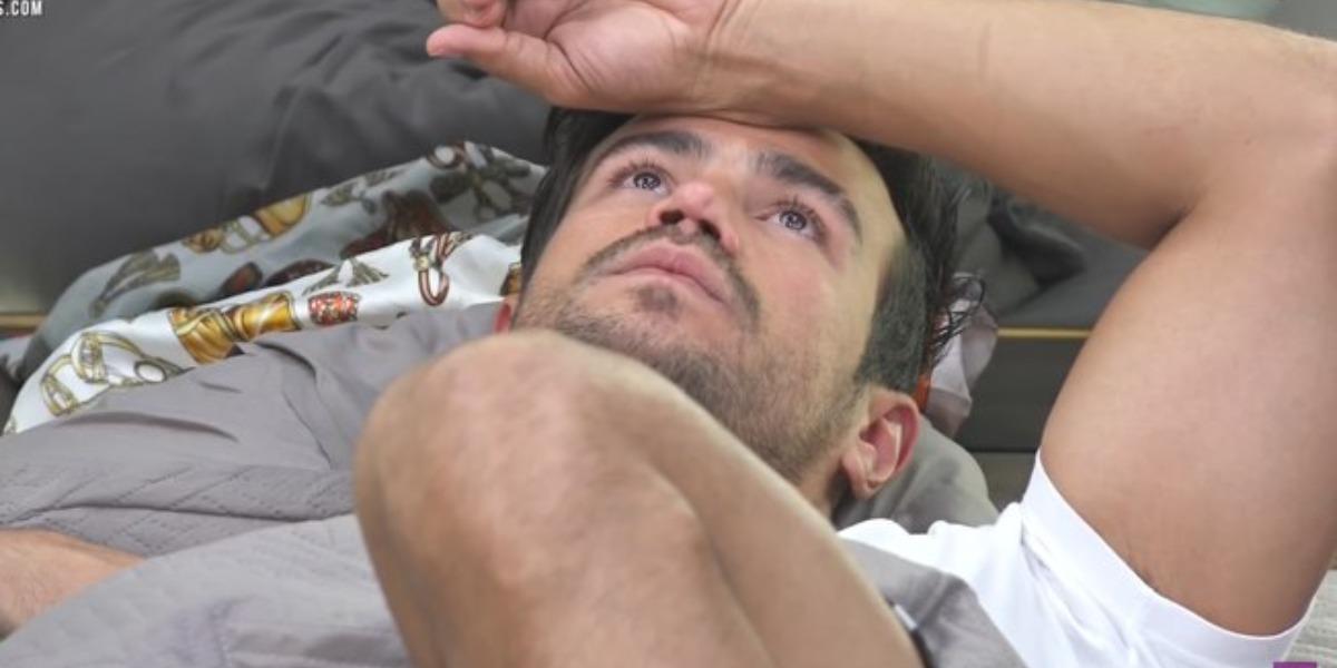 Mariano se desentende com Jake em A Fazenda 12 (Foto: Reprodução)