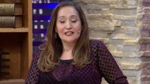 Sonia Abrão detonou Boninho (Foto: Reprodução/RedeTV!)