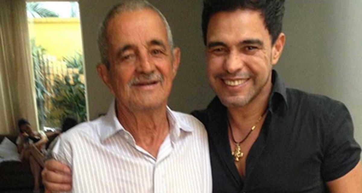 Zezé Di Camargo ao lado do pai, Seu Francisco (Foto: Divulgação)