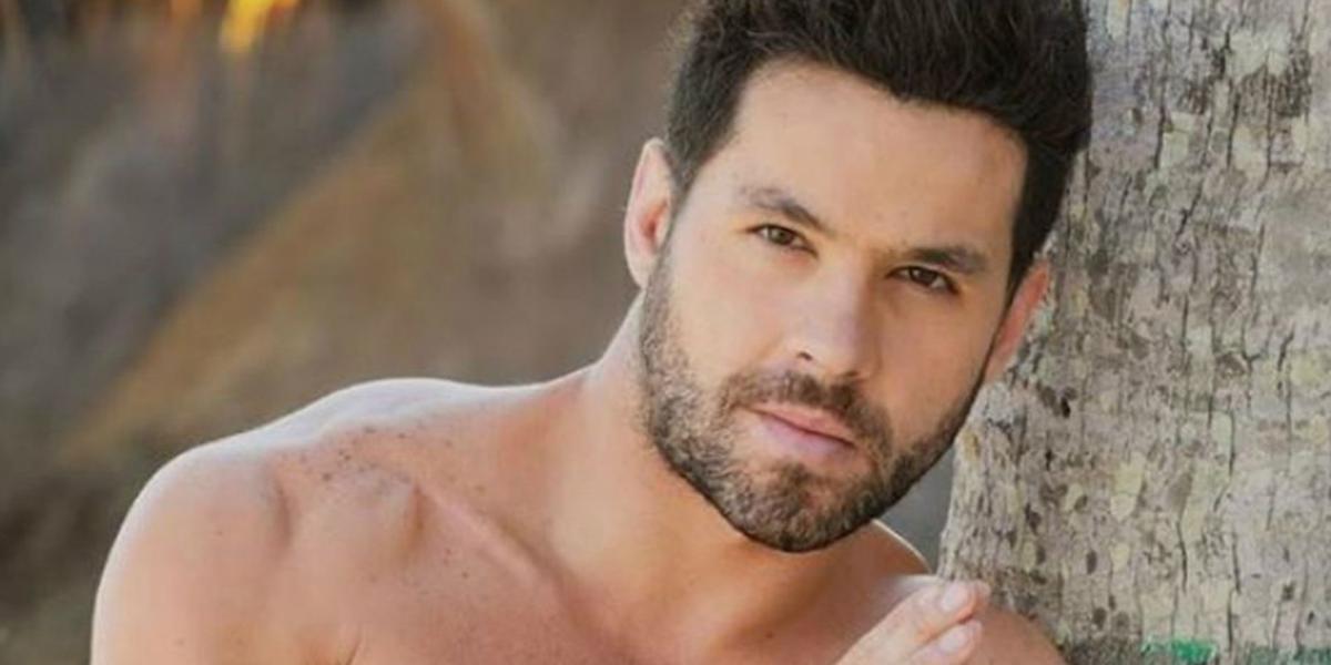 Eleazar Gómez foi preso acusado de agredir ex-namorada (Foto: Reprodução)
