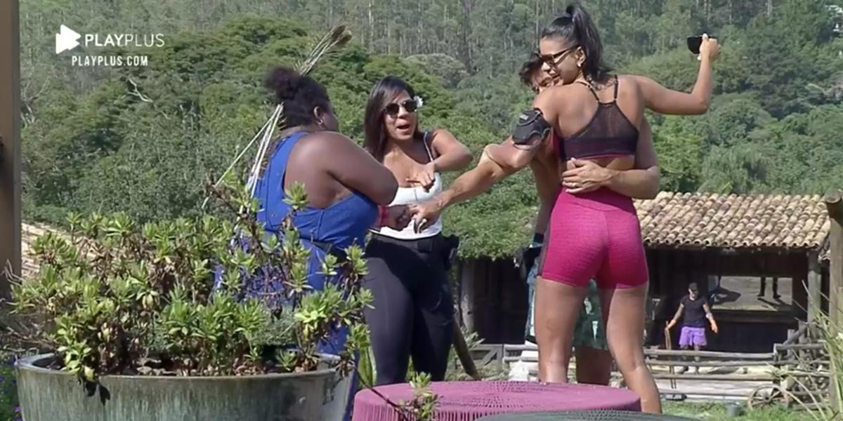 Jojo Todynho acusou Jakelyne de roubar Mariano dela (Foto: Reprodução)