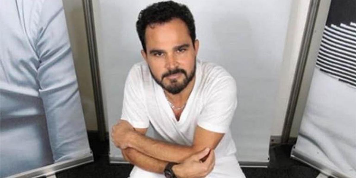 Luciano Camargo abriu as portas de sua mansão (Foto: Reprodução)