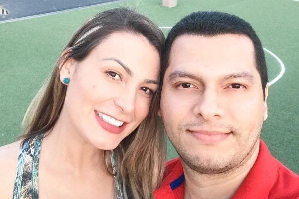 Andressa Urach ao lado de seu noivo (Foto: Reprodução)