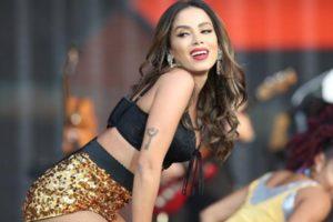 Anitta expõe intimidade e surpreende (Foto: Reprodução)