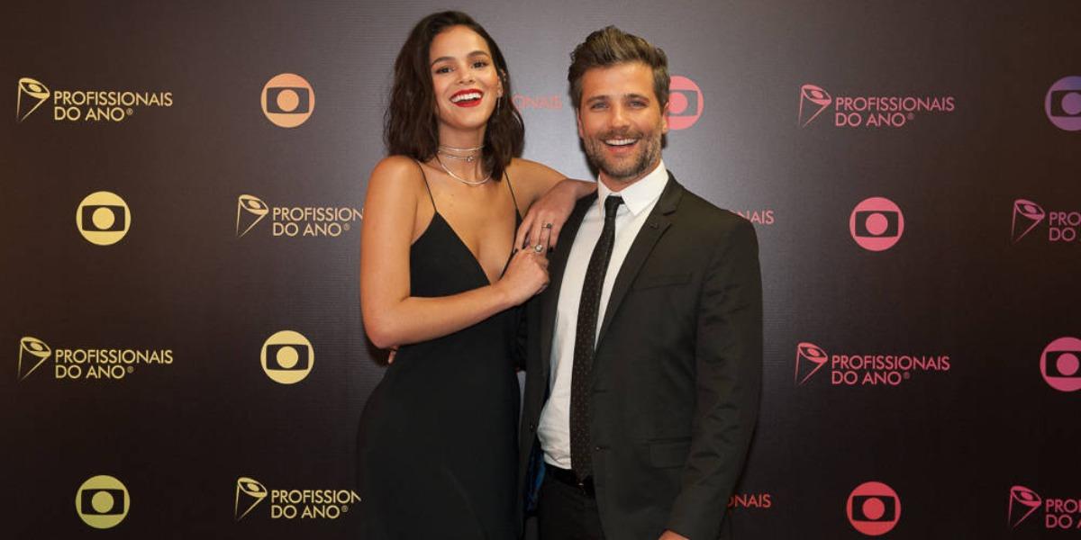 Bruna Marquezine e Bruno Gagliasso tem surubão escancarado (Foto: Reprodução)