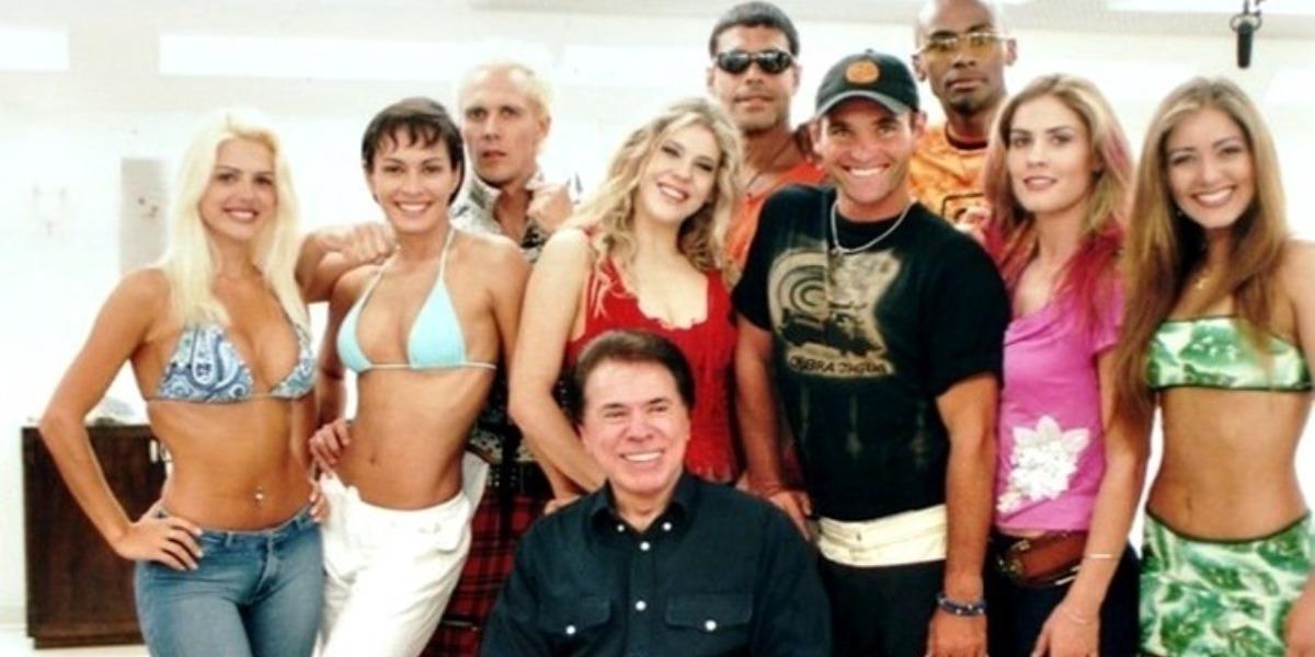Silvio Santos e elenco da Casa dos Artistas (Foto: Reprodução)
