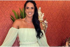 Graciele Lacerda usou as redes sociais para expor um registro de biquíni (Foto: Reprodução)