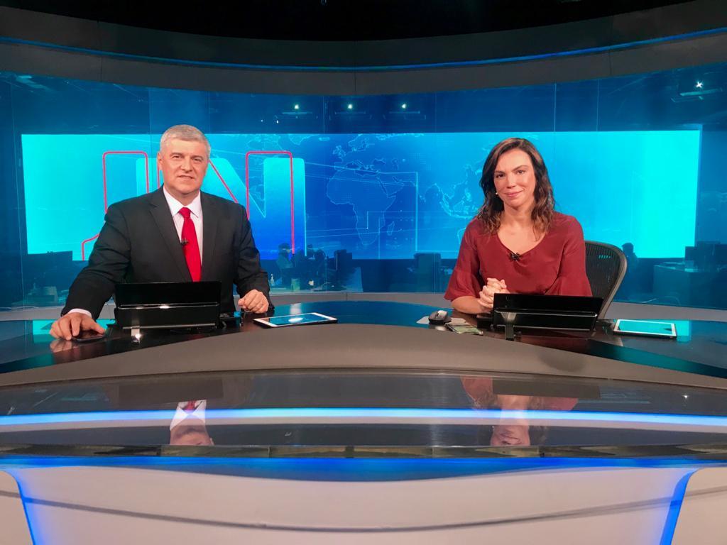 Flávio Fachel e Ana Paula Araújo no Jornal Nacional (Foto: Divulgação)