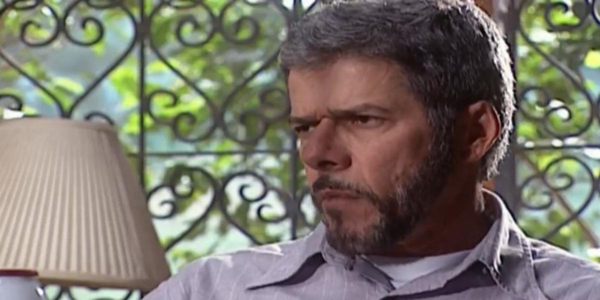 Pedro ameaçará Íris em Laços de Família (foto: Reprodução)
