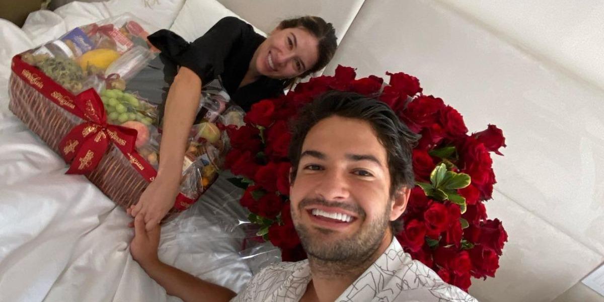 Rebeca Abravanel e Pato estão casados desde 2019 (Foto: Reprodução/Instagram)