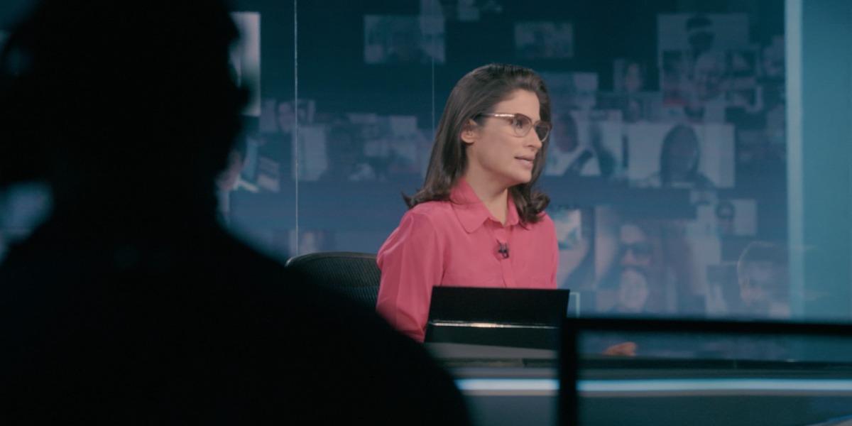 """Renata Vasconcellos nos bastidores do """"Jornal Nacional"""" (Foto: Divulgação/Globo)"""