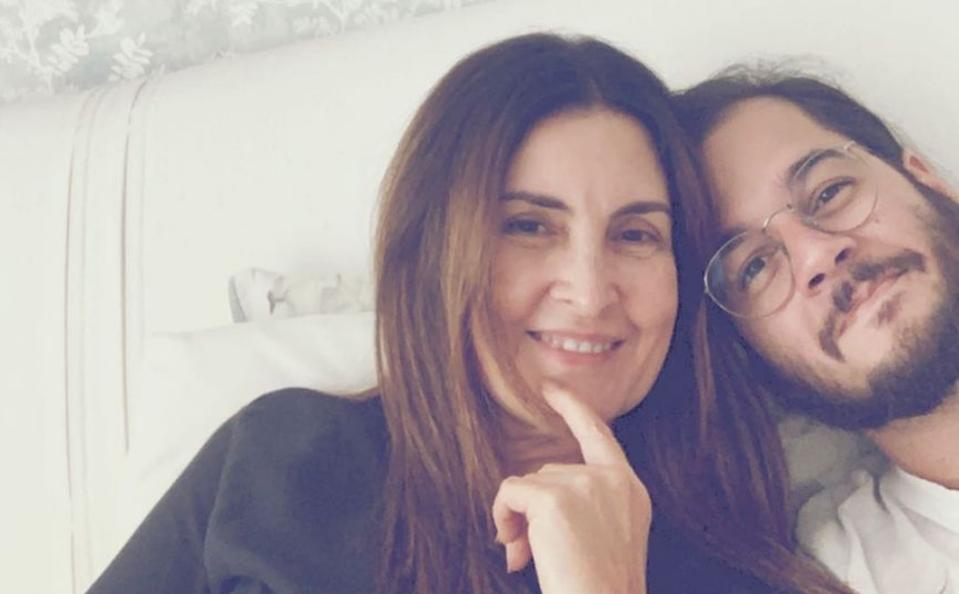 Fátima Bernardes ao lado de Túlio Gadêlha (Foto: Reprodução)