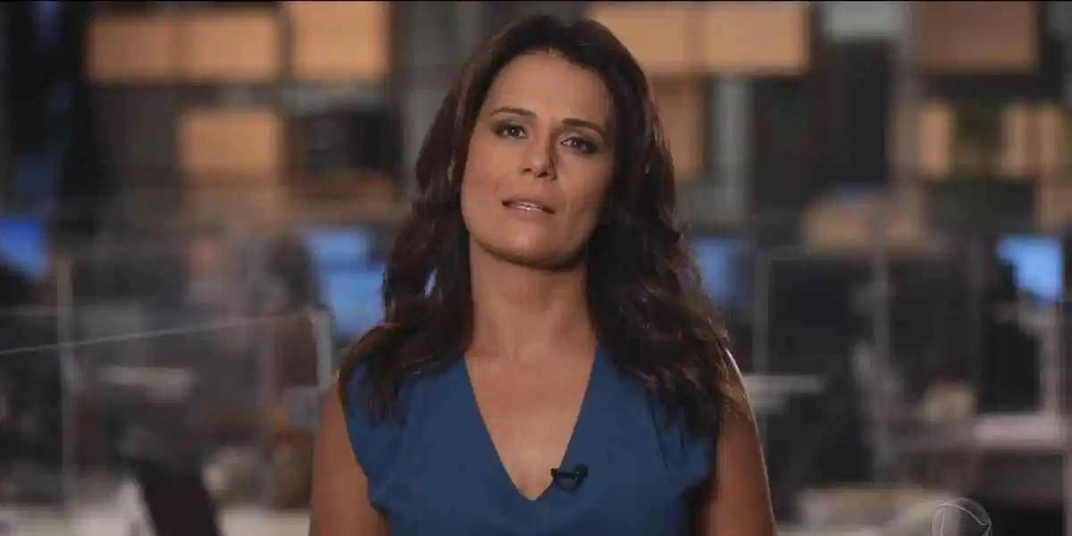 Adriana Araújo fica na Record apenas até março (Foto: Reprodução)