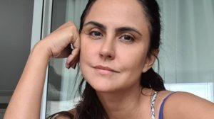 Carla Cecato desabou ao expor morte do filho (Foto: Reprodução)