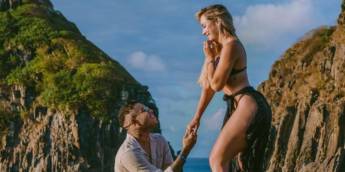 """Após negar namoro com Tierry, Gabi Martins declara """"sim"""" para o cantor - Foto: Reprodução/Santiago Salazar"""