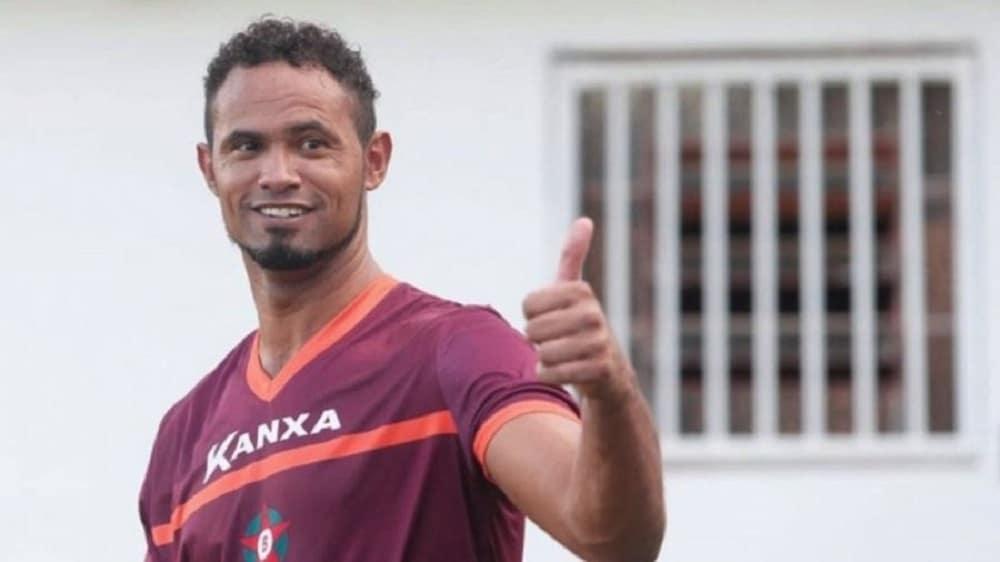 Goleiro Bruno pode voltar a jogar por time do Rio de Janeiro (Foto: Reprodução)