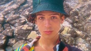 João Guilherme surgiu com parte íntima peluda nas redes sociais (Foto: Reprodução)