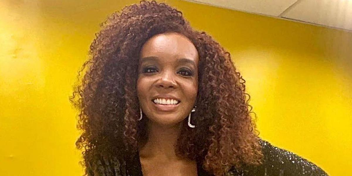 Thelma Assis foi contratada de forma definitiva pela Globo (Foto: Reprodução/Instagram)