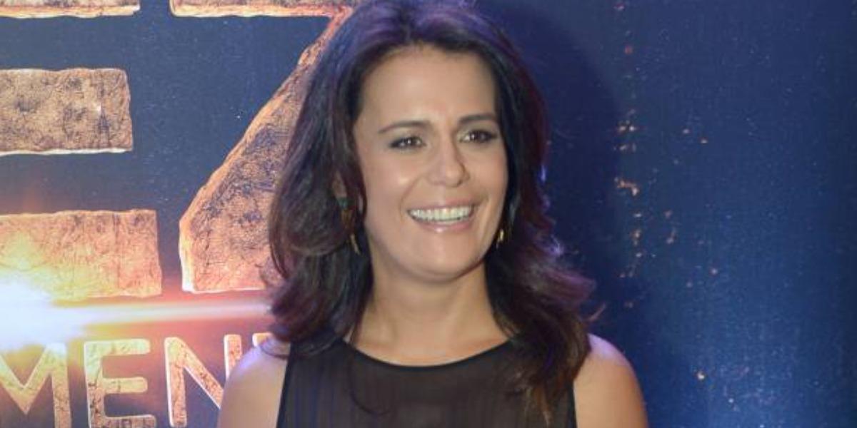 Adriana Araújo lançou livro pela Editora Globo (Foto: AgNews)