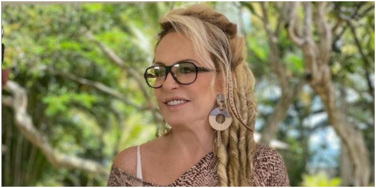 Ana Maria Braga mudou estilo do cabelo e revelou detalhes de casa luxuosa na praia (Foto: Reprodução)
