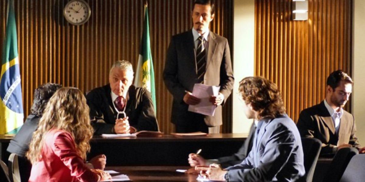 Ester e Alberto terão um novo encontro no tribunal (Foto: Reprodução)
