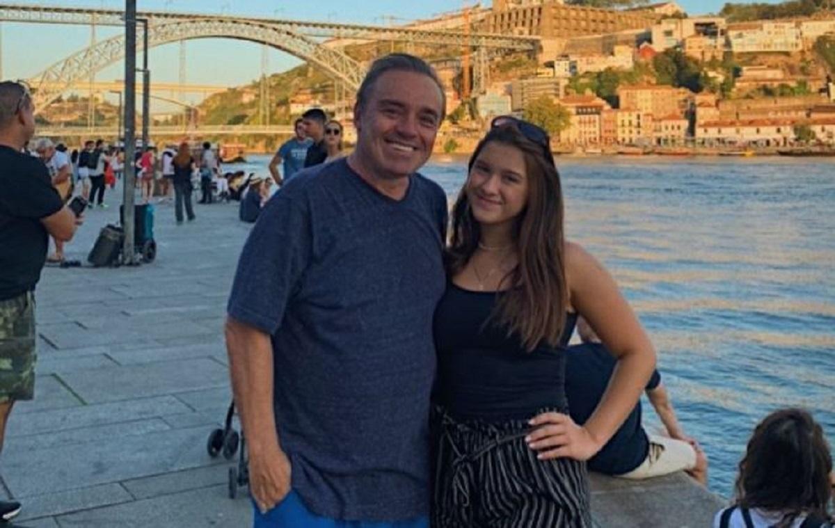 Marina Liberato ao lado de Gugu Liberato, seu pai (Foto: Reprodução)