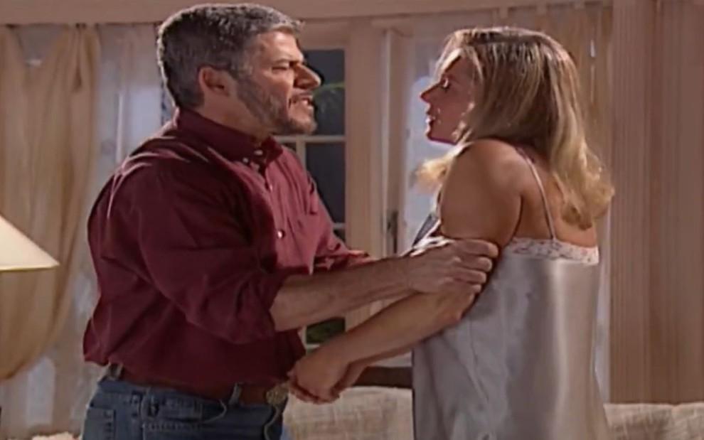 Helena e Pedro em Laços de Família (Foto: Divulgação)