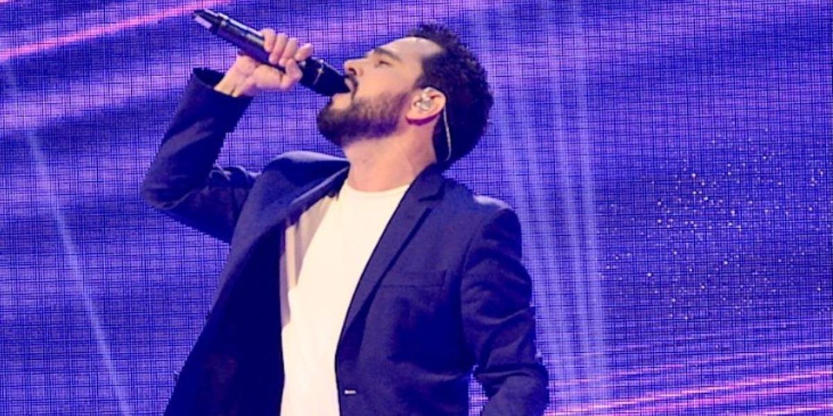 Luciano Camargo, irmão de Zezé, nos palcos (Foto: Reprodução/Instagram)